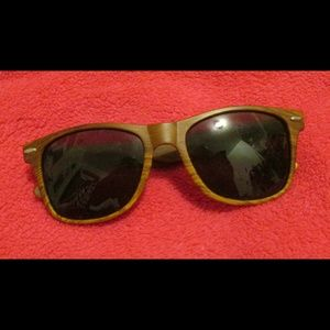 Moc Wood Sun Glasses